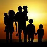 Family Silhouette - 2 adults - 4 children